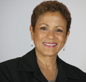 Linda Holmes Newton